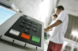 Pandemia de coronavírus já adiou 47 eleições em todo o mundo