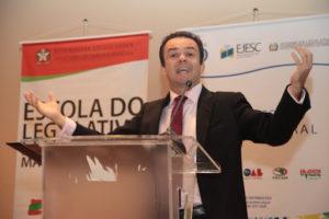 Opinião: A possibilidade de adiamento das eleições municipais